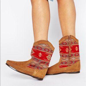 Minnetonka Baja Slouch  Suede Boots Size 7